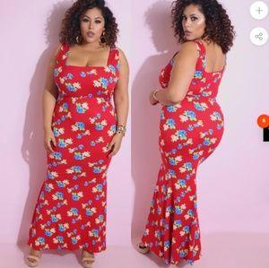 Squared Mermaid Maxi Dress